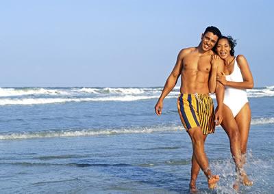 fit-happy-beach-couple.jpg