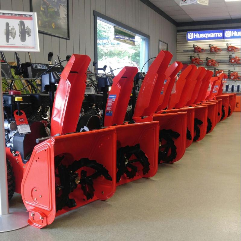 WIN A 2025R COMPACT UTILITY TRACTOR