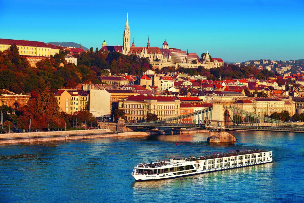 THE SCENIC PEARL IN BUDAPEST