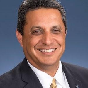 Roy Martinez head shot