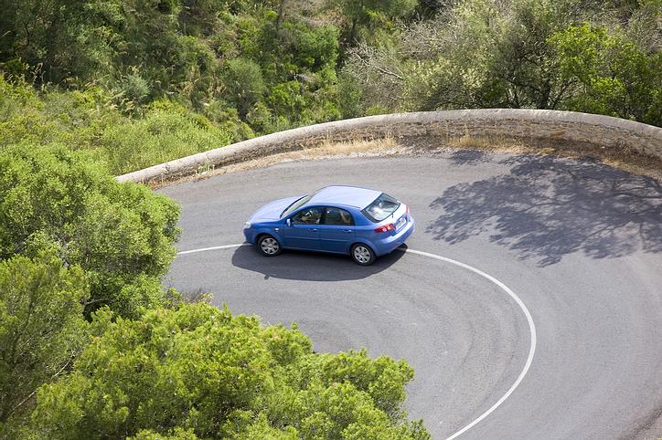 blue_car_road.jpg