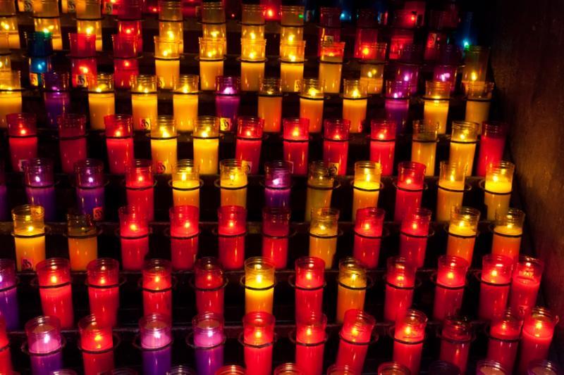church_candles_red_yellow.jpg