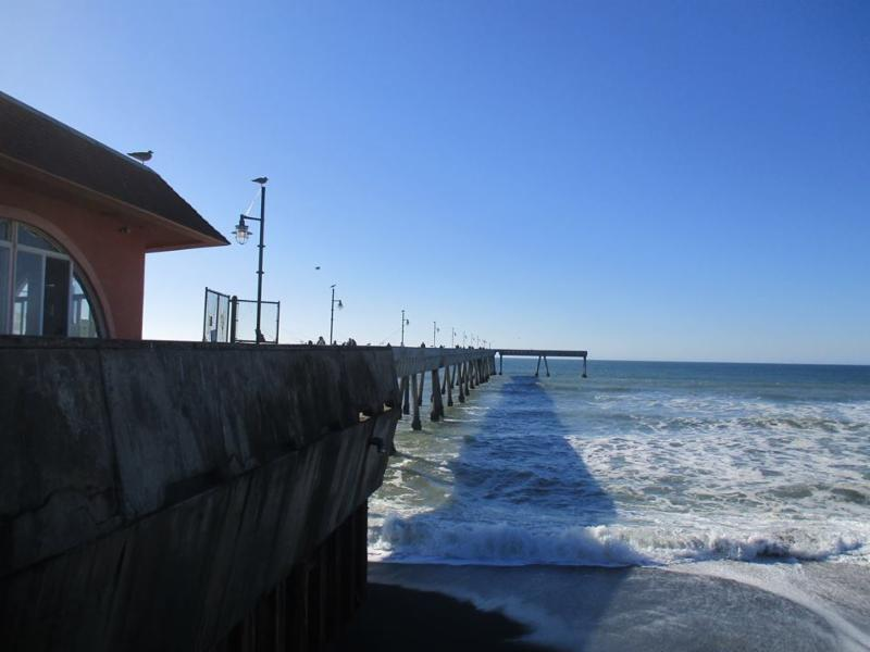 Pacifica Pier Fishing