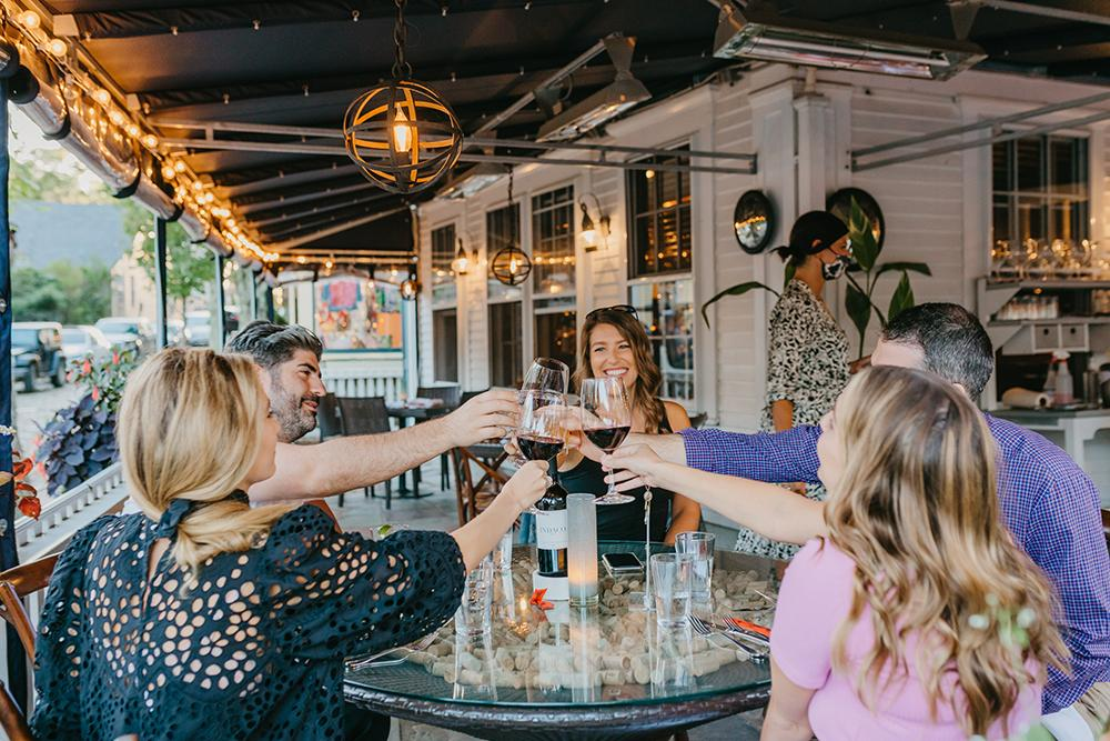 NANTUCKET 2020 OUTDOOR DINING credit Nantucket Chamber Emily Elisabeth.jpg