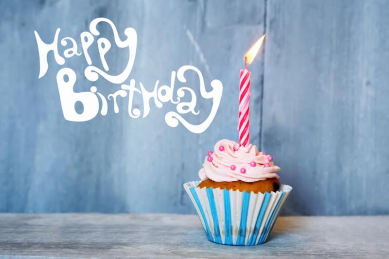 happy_birthday_cupcake.jpg