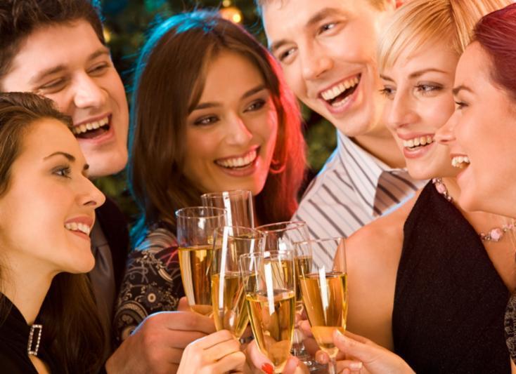 friends_fun_drinks.jpg
