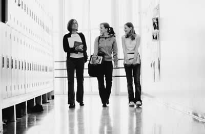 school-hallway-girls.jpg