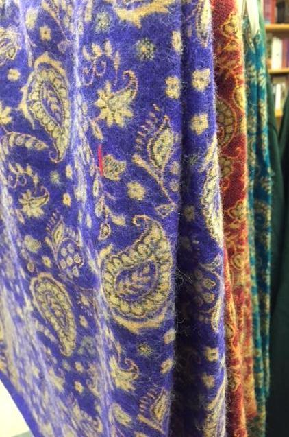 Cozy shawlsin various colors