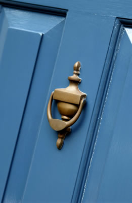 blue-doorknocker.jpg