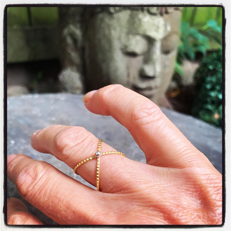 X - #presentmoment #yes #ishowedup #mindfulmoment #gratefulmoment #Xring #silver #18kt