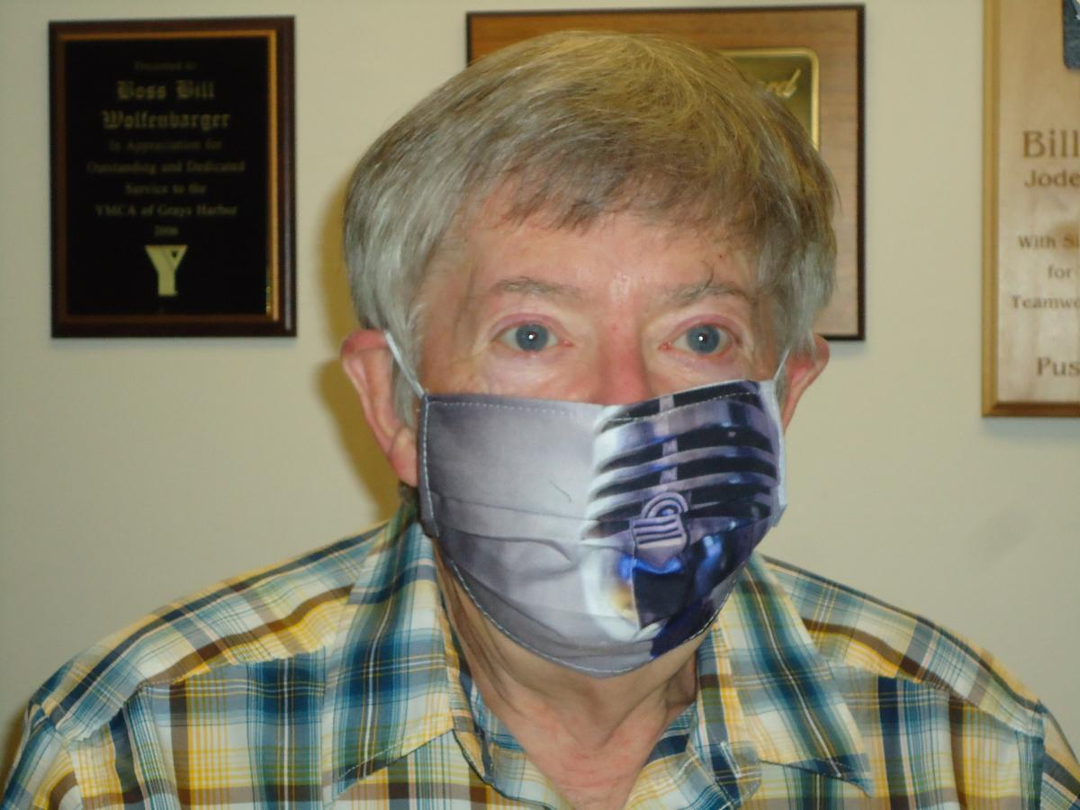 Bill with mask