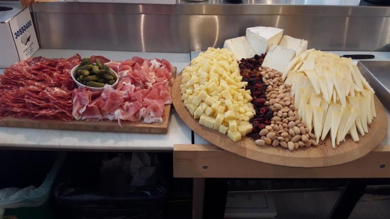 cheese & charcuterie platter