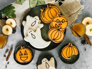 Model Bakery Halloween
