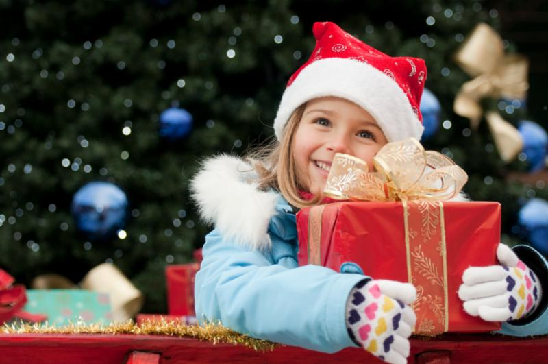 little_girl_in_sleigh.jpg