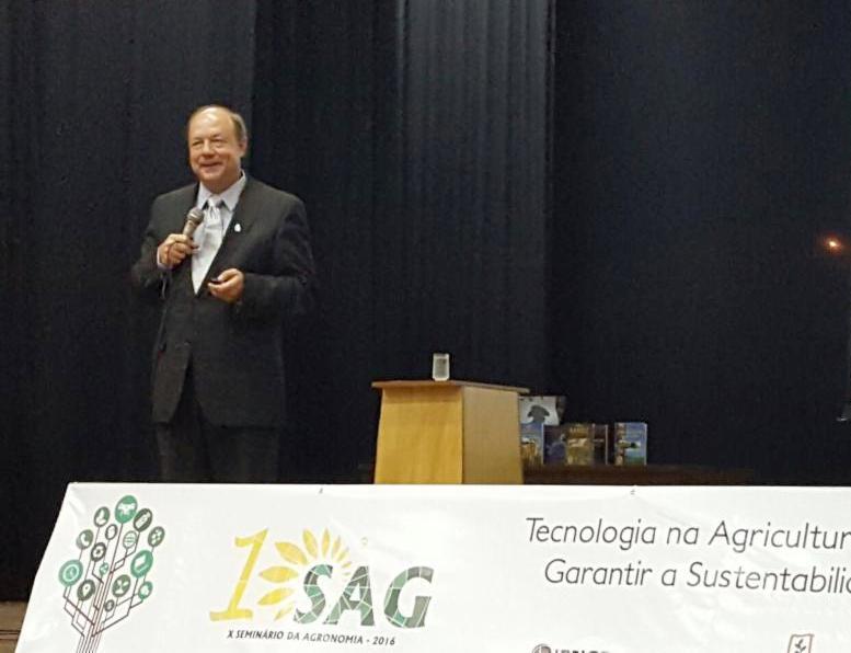 Neale at SAG 2016