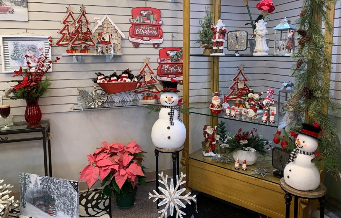Christmas Close Out Sale
