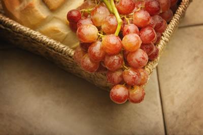 grapes-basket.jpg