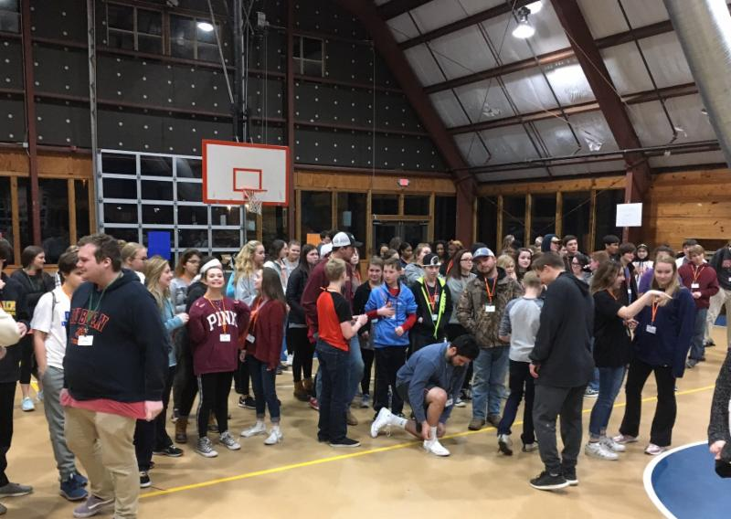 Campers enjoy an evening hangout session at the 2018 Teen Retreat.