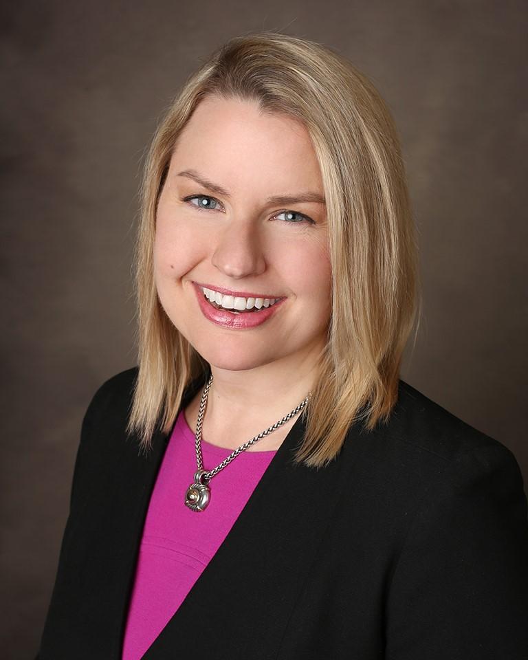 Sarah Dasher Headshot