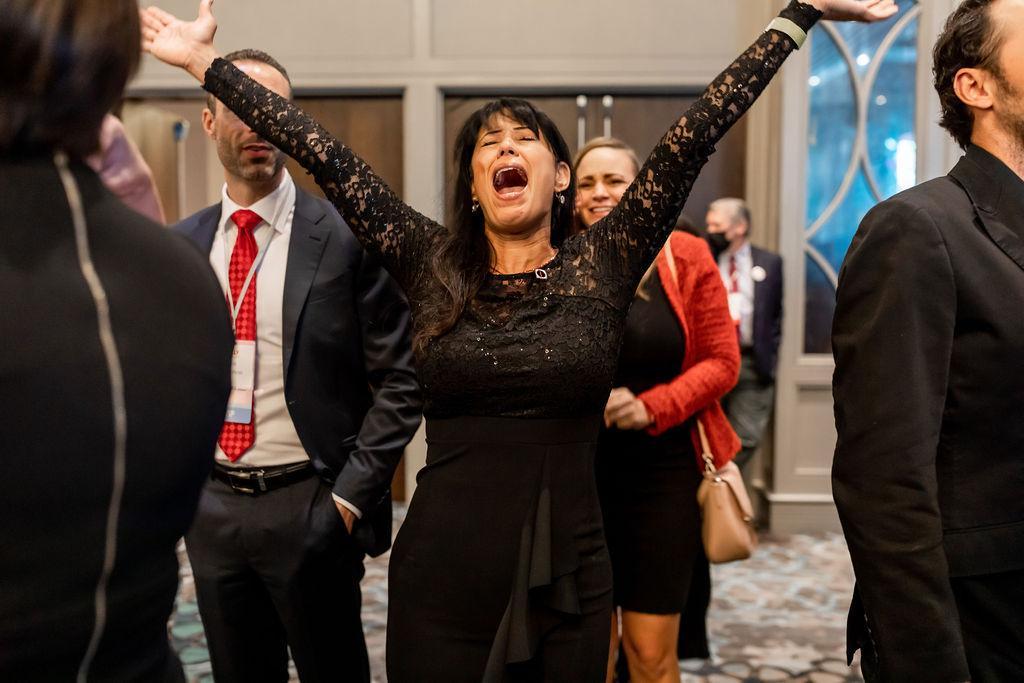 Photo Release: Kelly Loeffler Advances to Runoff Election 3