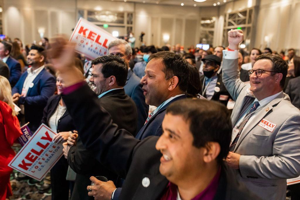 Photo Release: Kelly Loeffler Advances to Runoff Election 5