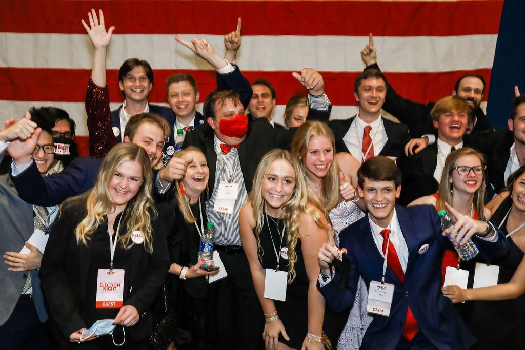 Photo Release: Kelly Loeffler Advances to Runoff Election 6