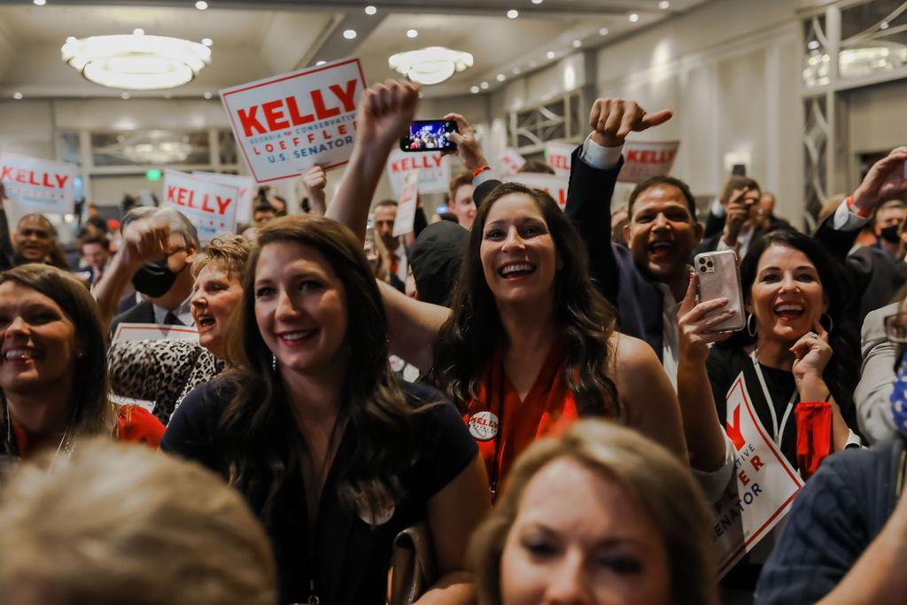 Photo Release: Kelly Loeffler Advances to Runoff Election 8