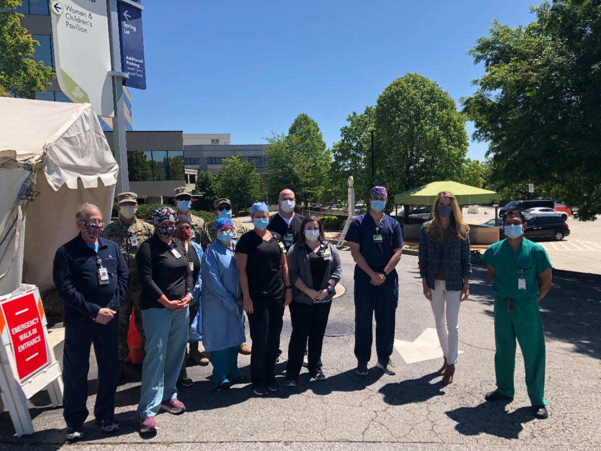 Kelly Loeffler Delivers PPE to Gainesville Hospital