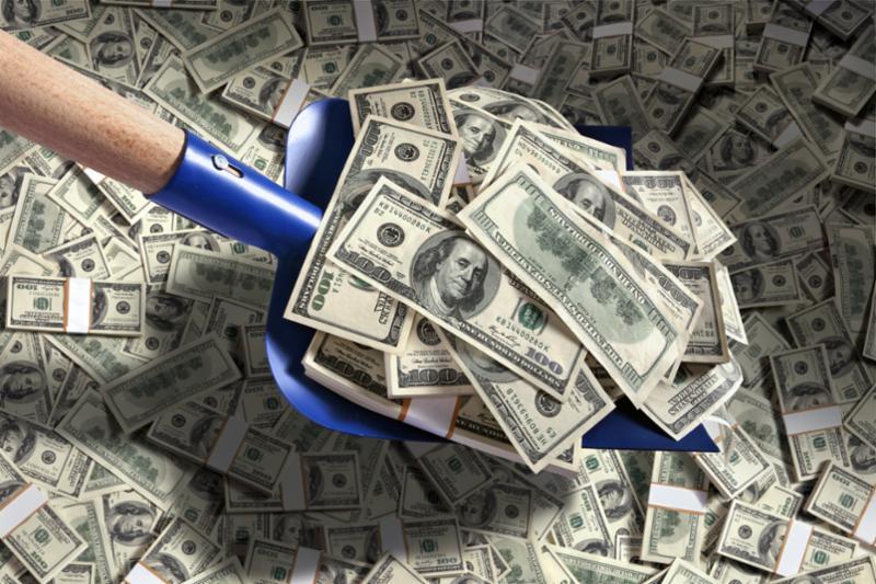 shoveling_money.jpg