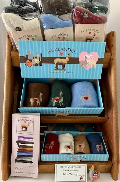 N.S. HW _ Gift Box pictures Display.jpg