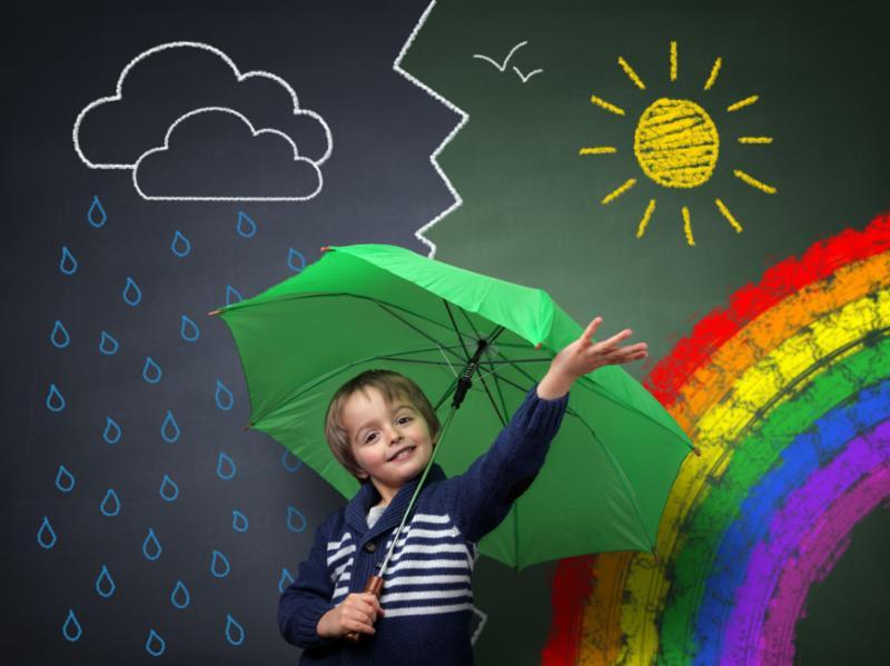 child_with_umbrella_chalk.jpg