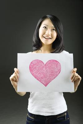 heart-drawing-girl.jpg