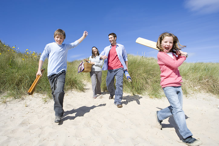 beach_family_trip.jpg