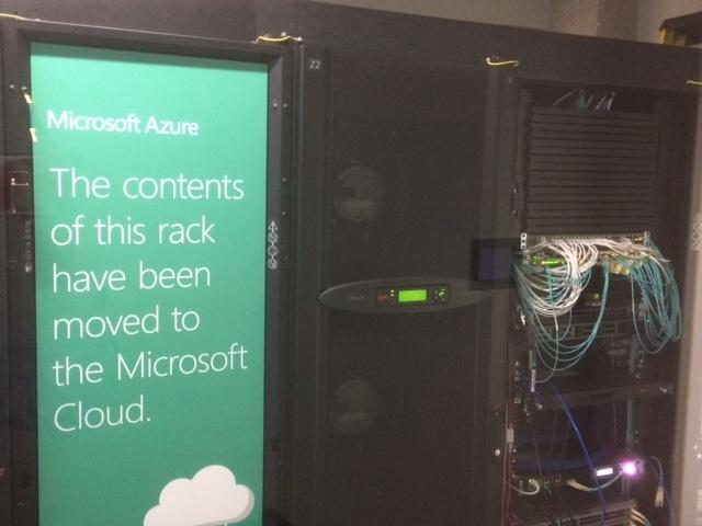 Sign saying that the content has been moved to the Microsoft Cloud
