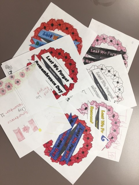 Colouring pages of Remembrance Day wreaths