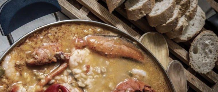 seafood_stew_bread.jpg