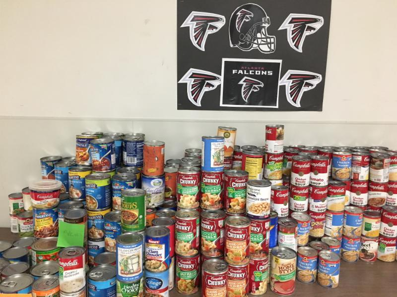 Deerfield Soup-er Bowl yields 800 cans of Soup for IFPO