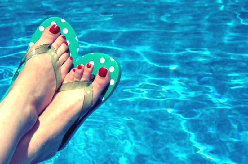 feet_relax.jpg