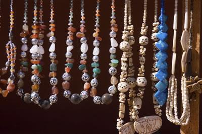 hanging-jewelry-display.jpg