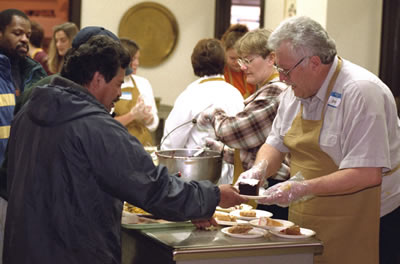 soup-kitchen-workers.jpg