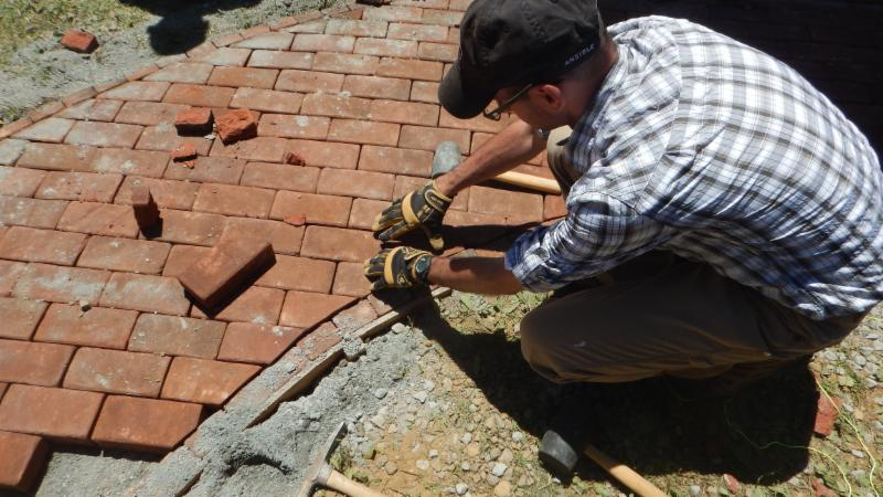 Ryan Installing a Dry Brick Walk