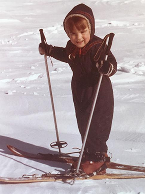 Young Beth on skis