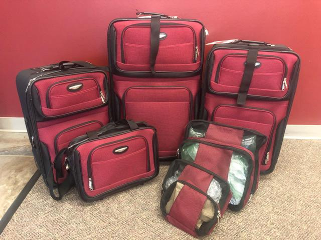 Giveaway Prize 8 Piece luggage Set
