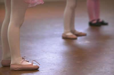 children-ballet-feet.jpg