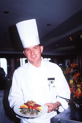 chef-holding-plate.jpg