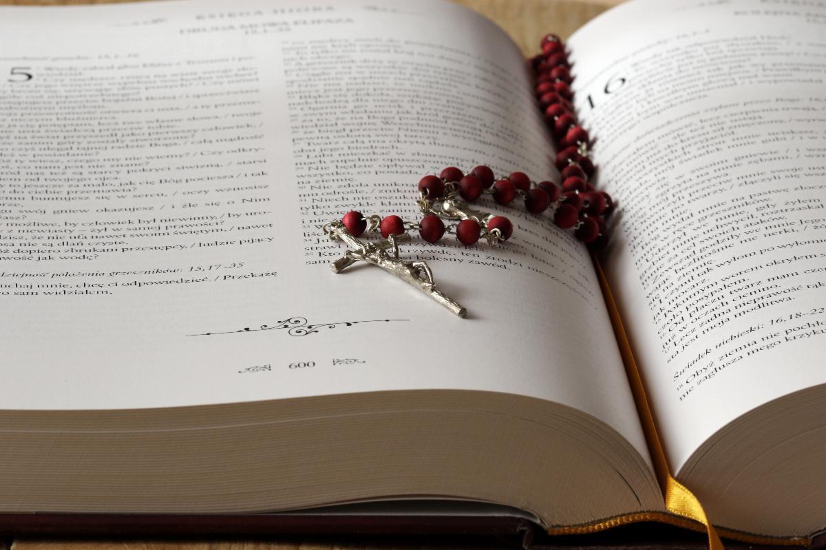 St. Charles Borromeo Weekly Prayer Chain Image