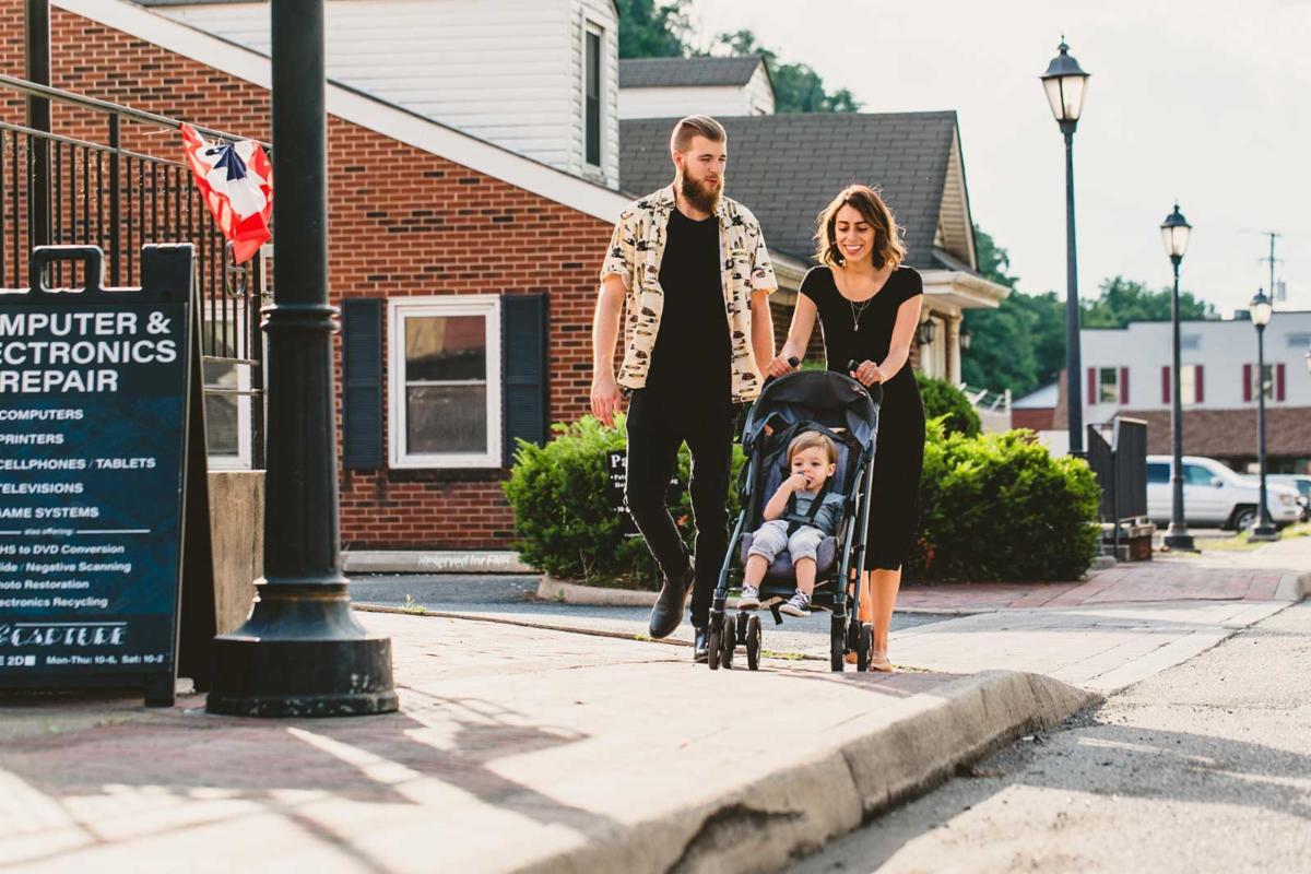 family strolling through Hot Springs