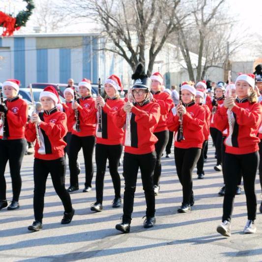 CJ Christmas Parade - Jr. High Band