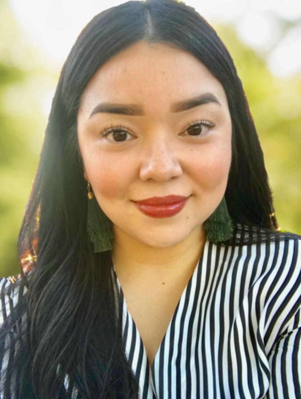 Headshot of Karina Salazar