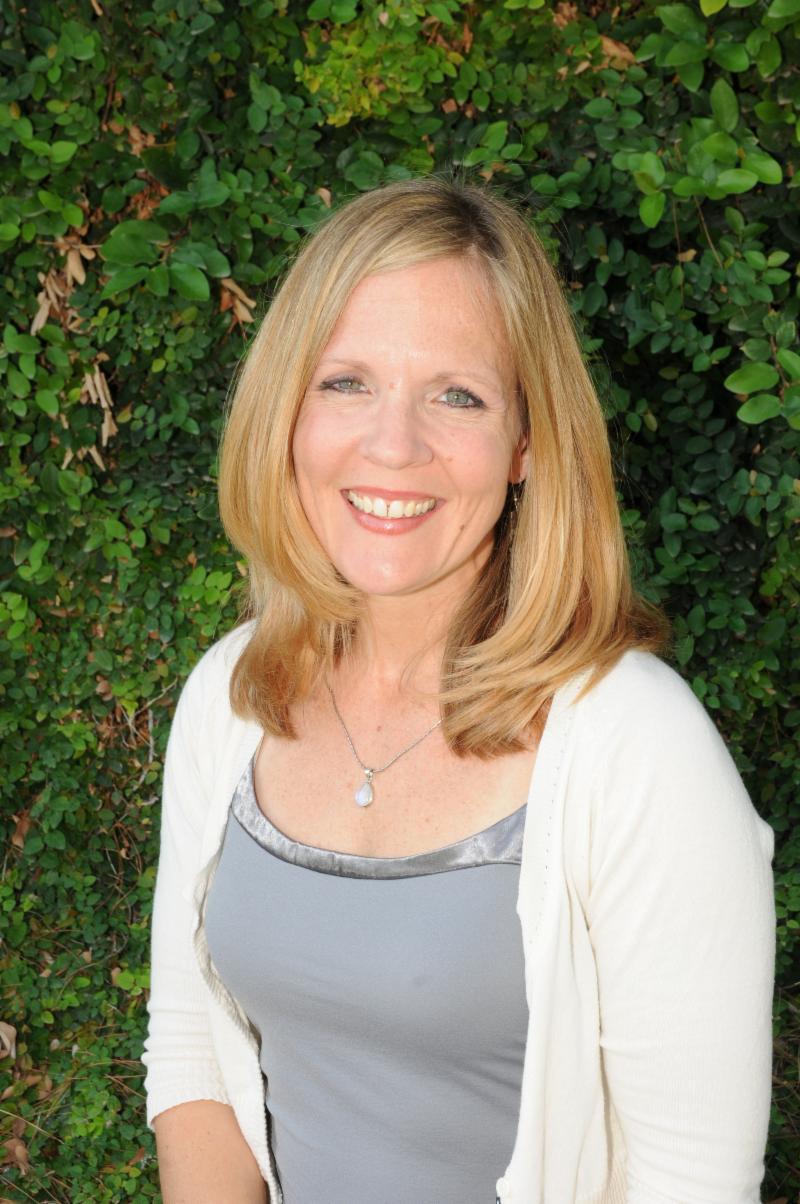 Headshot of Sara Tolbert